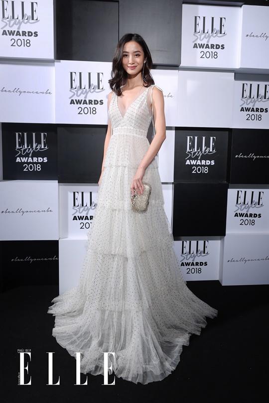 Jun Vũ xuất hiện rạng rỡ trên thảm đỏ ELLE Style Awards. Ảnh: Đại Ngô Studio