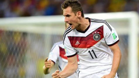 """5 """"cỗ máy dội bom"""" vĩ đại nhất lịch sử FIFA World Cup"""