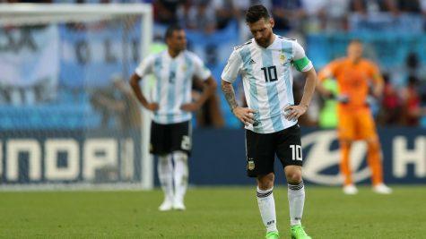 Lionel Messi và đội tuyển Argentina: Một cây làm chẳng nên non