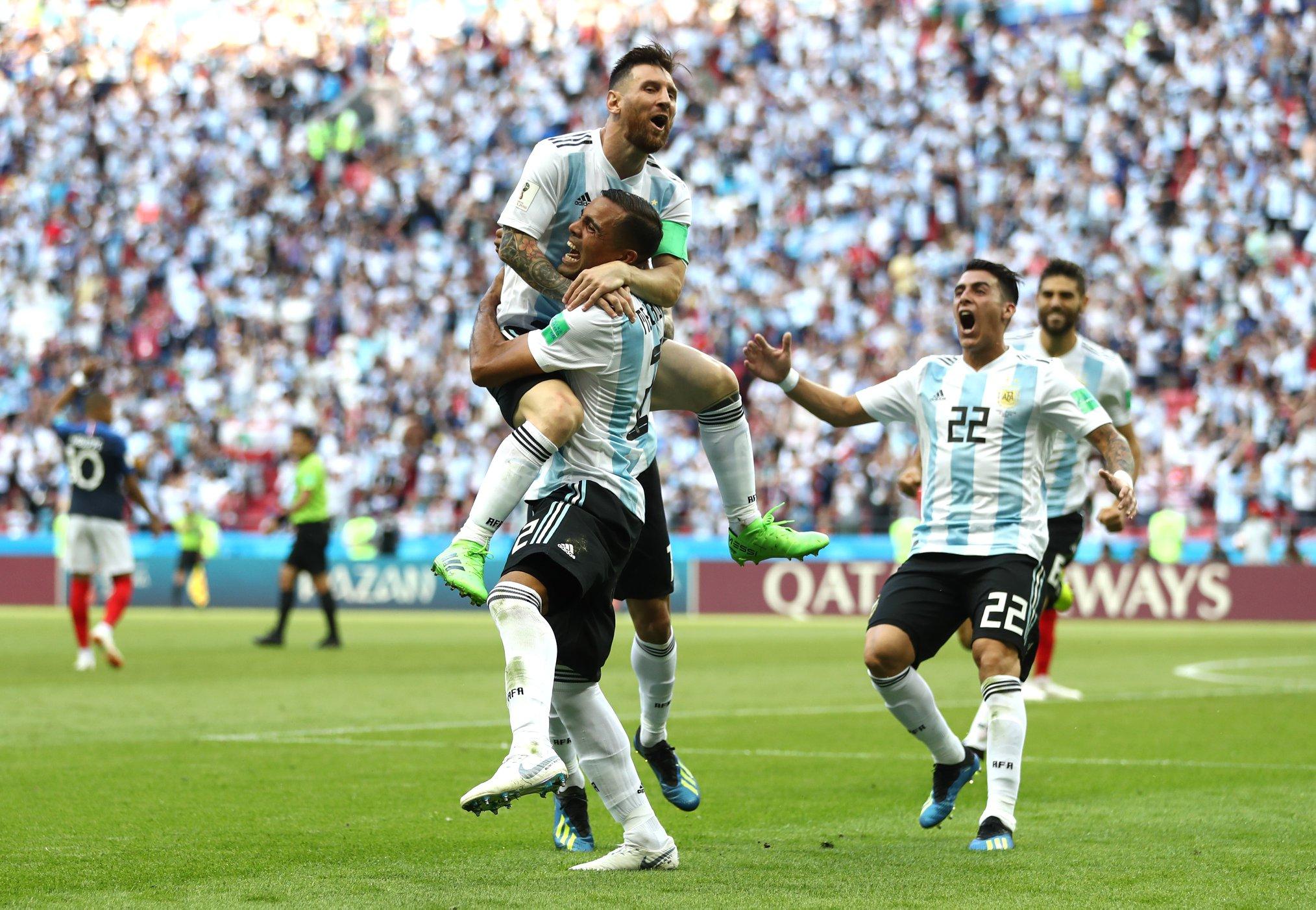 tuyen Argentina - ELLE Man - 3