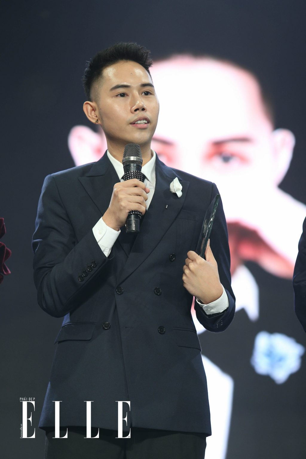 Tin tuc thoi trang noi bat nua cuoi thang 6:2018 ELLE Man ELLE Style Awards 5