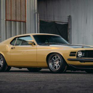 Ngắm nhìn Ford Mustang phiên bản đặc biệt dành cho Người Sắt