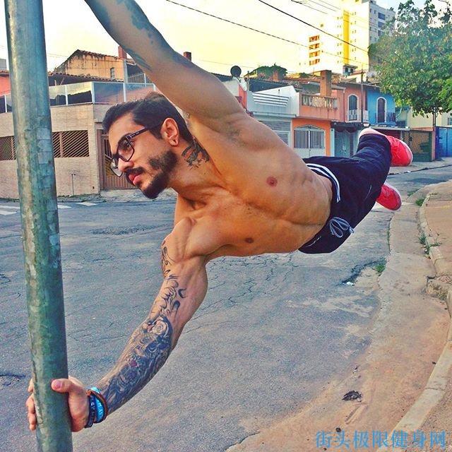 Quái vật thể hình Pivet Madkilla: Sát thủ trọng lực