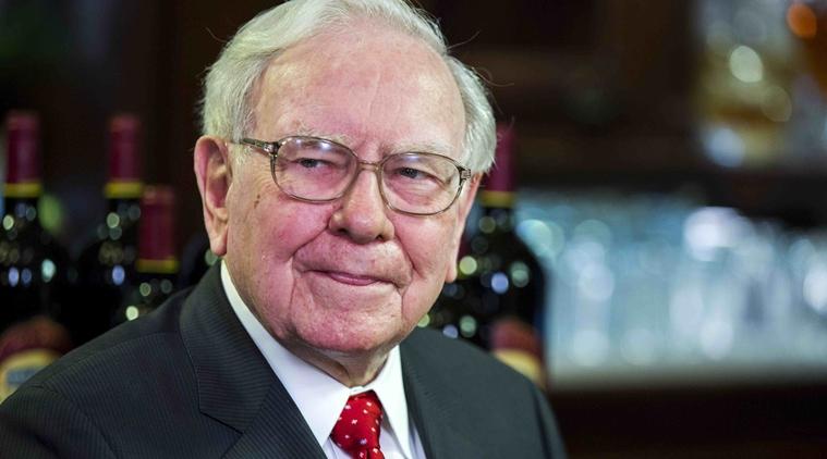 Warren Buffett trong cuộc chiến không hồi kết với Mark Zuckerberg. Ảnh: The Indian Express
