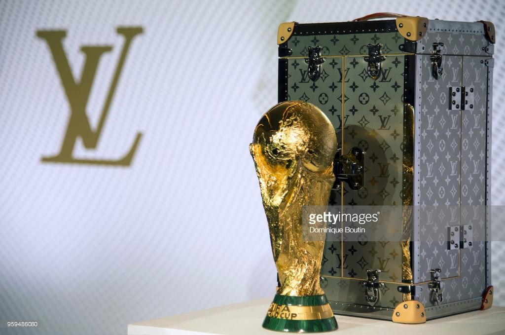 vali-world-cup-thuong-hieu-louis-vuitton 2 - elleman