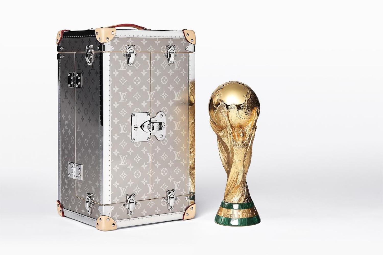 vali-world-cup-thuong-hieu-louis-vuitton 4 - elleman