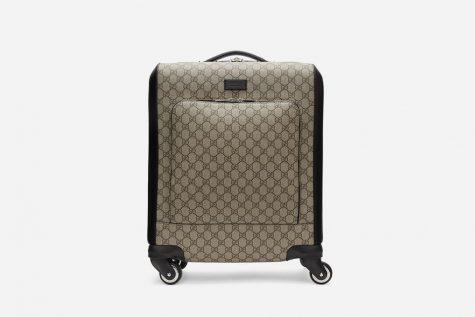 Chiếc vali cực kì sang trọng của thuowg hiệu Gucci có giá khoảng 3900$. Ảnh: Highsnobiety
