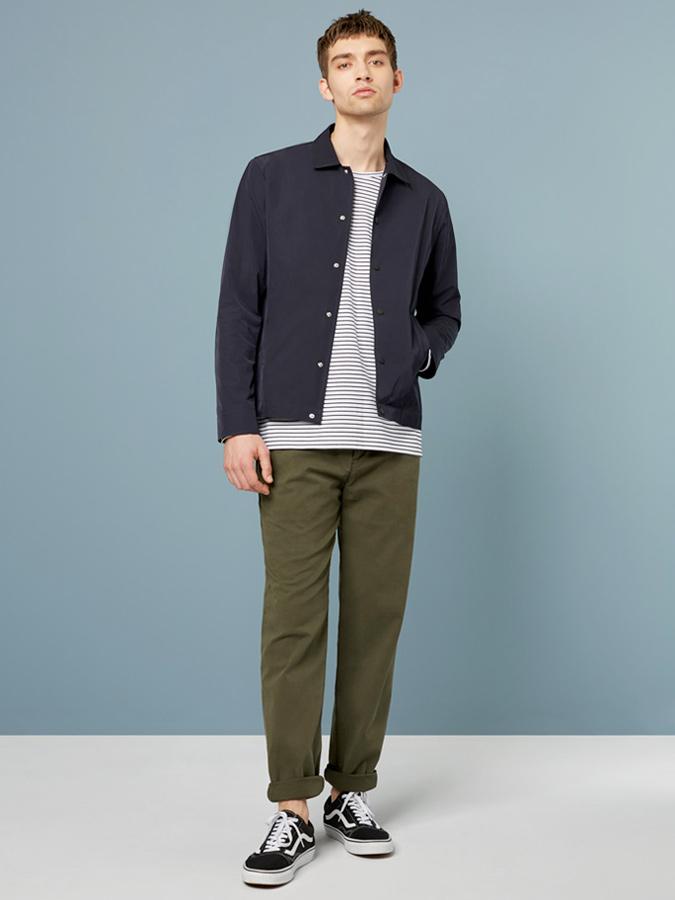 Phong cách đơn giản thích hợp với các chàng trai yêu thích sự nhẹ nhàng. Ảnh: Wax London