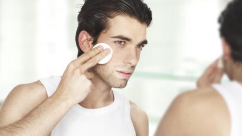 Đàn ông cũng nên xài toner trong quy trình chăm sóc da?