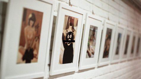 """Triển lãm nghệ thuật DE-PORNED: Sắc màu vui vẻ từ những bức ảnh """"người lớn"""""""
