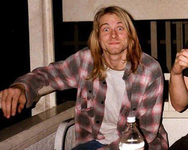 Kurt-Cobain-Flannel-plaid-shirt quan jeans rach elle man