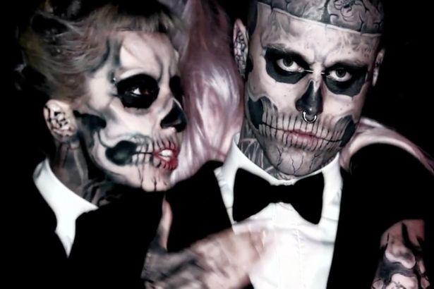 Sự kết hợp với Lady Gaga là một trong những bước ngoặt đưa tên tuổi của người mẫu Zombie Boy đến với công chúng. Ảnh