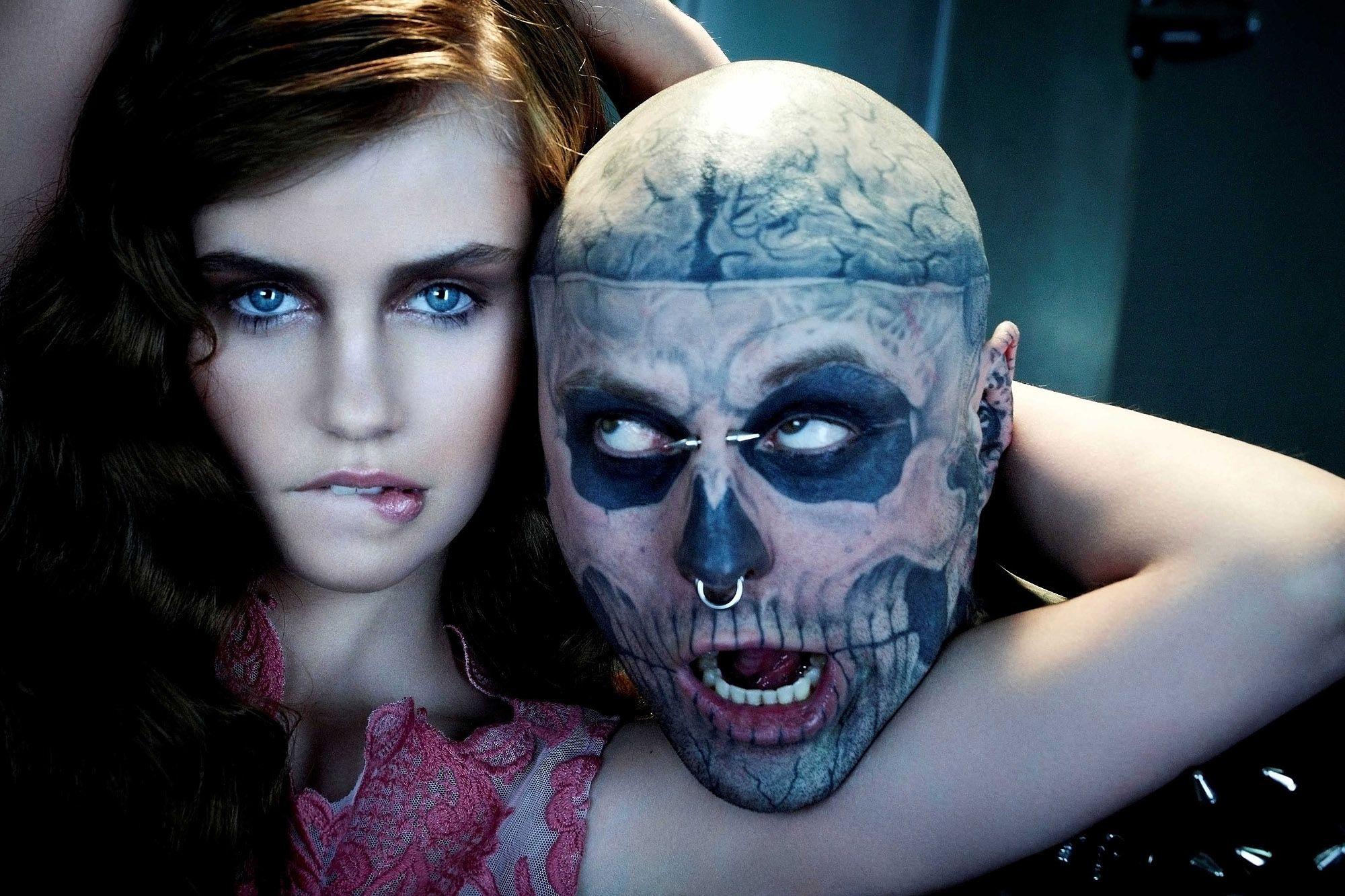 Bộ hình chàng mẫu Rick Genest chụp chung với thí sinh Next top Đức 2013. Ảnh: Pinterest