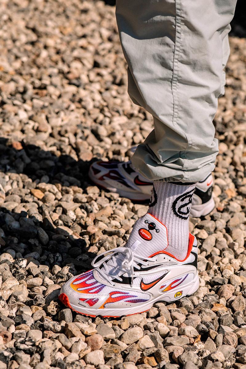 Giày Supreme nổi bật với họa tiết mang cảm hứng ngọn lửa và phom dáng mạnh mẽ. Ảnh: Asia Typek