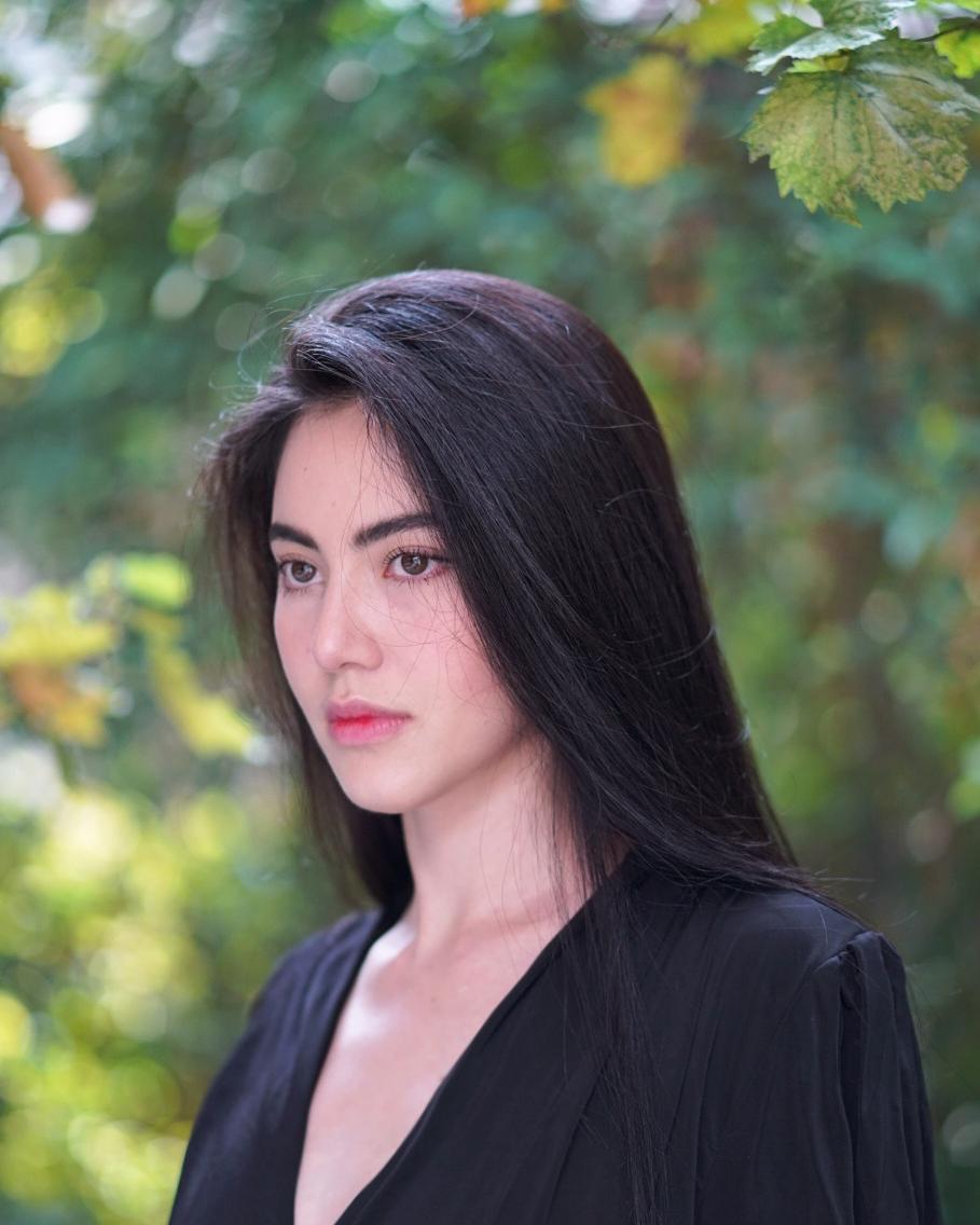 tai khoan instagram hot girl thai lan - Davikah - elle man 2