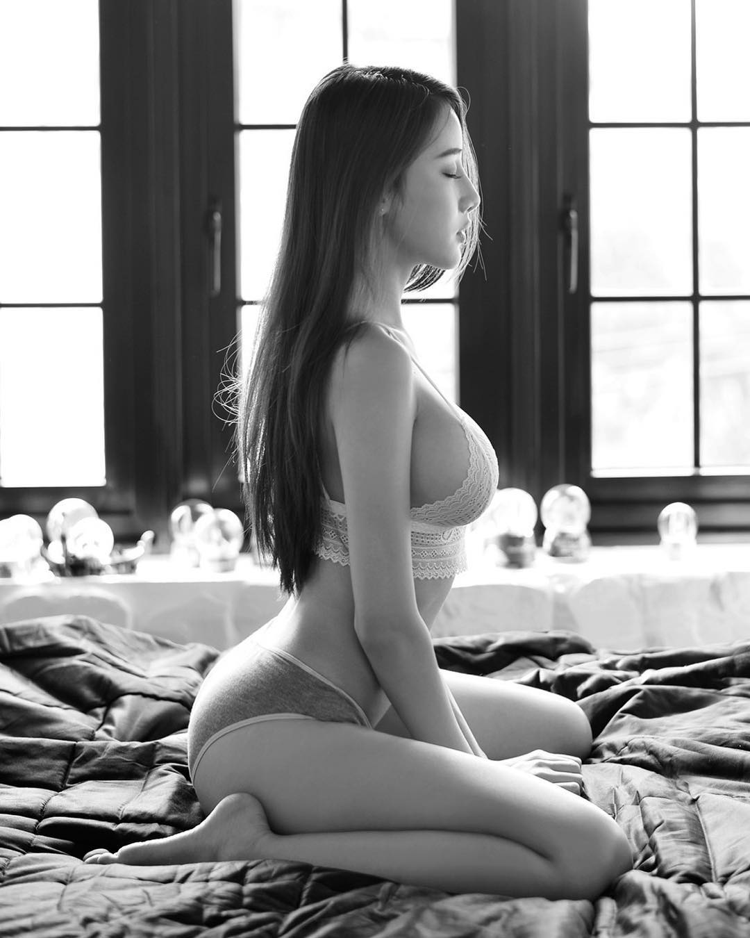 tai khoan instagram hot girl thai lan - Pichana Yoosuk - elle man 4