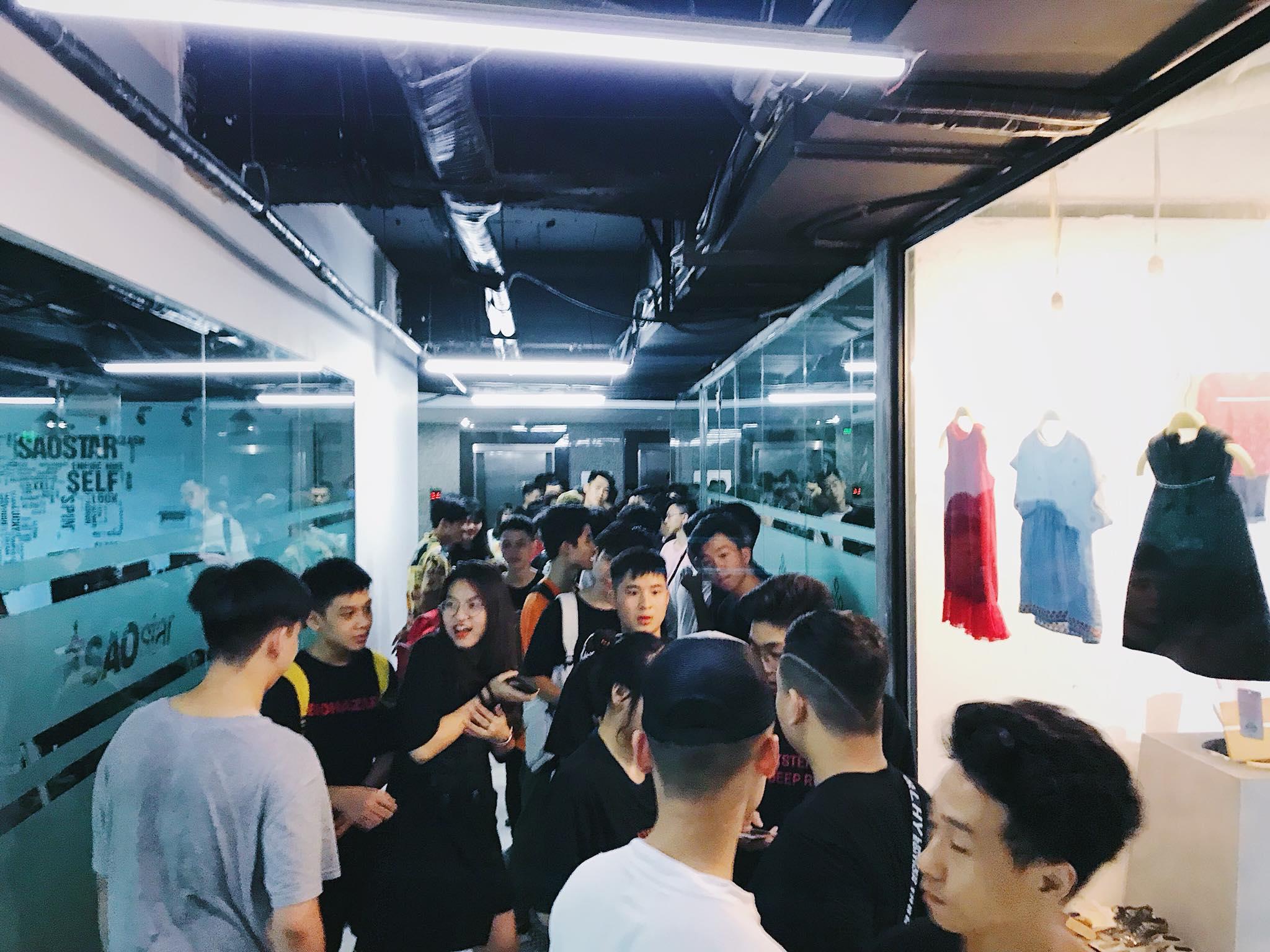 local brand viet nam - scc daily sneaker - elle man 5