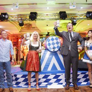 Lễ hội bia Oktoberfest lần thứ 14 tiếp tục trở lại tại Windsor Plaza