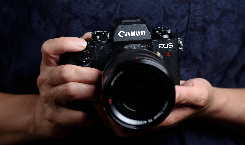 elle man máy ảnh mirrorless 56