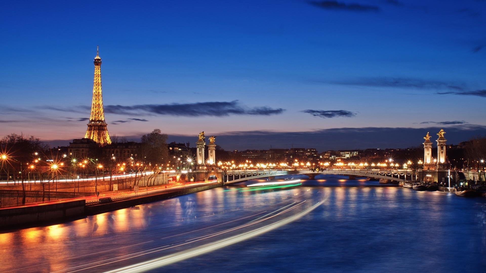 kinh nghiem du lịch paris 4 elle man
