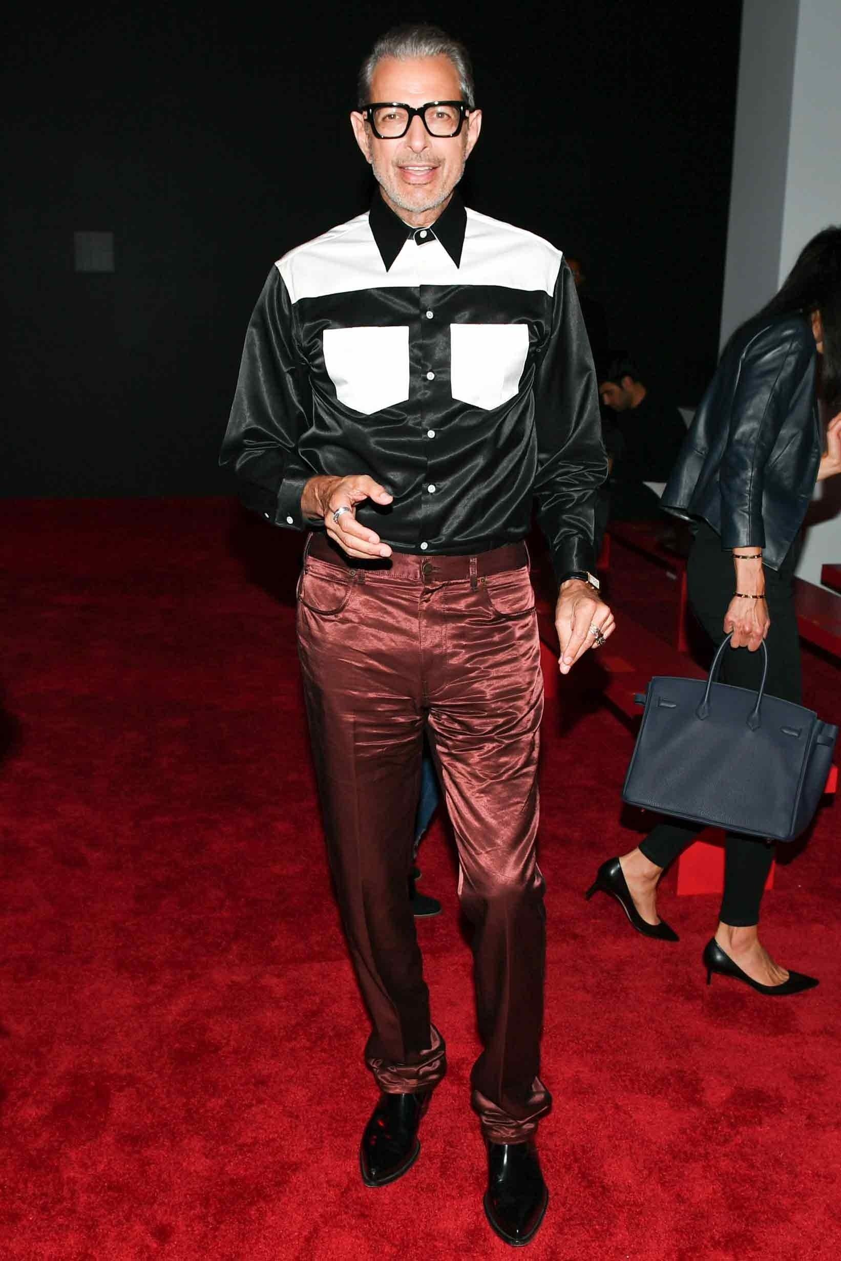 Dù bước sang tuổi 66 nhưng nam diễn viên người Mỹ Jeff Goldblum vẫn cực kỳ phong độ trong thiết kế của Calvin Klein 205W39NYC. Ảnh: GQ