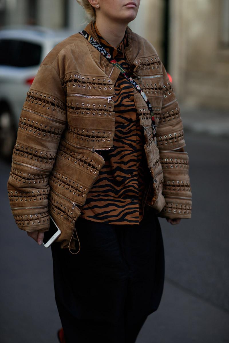 See Impressive Street Fashion At Paris Fashion Week 2019