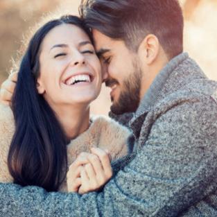 Làm thế nào để giữ lửa khi yêu xa?