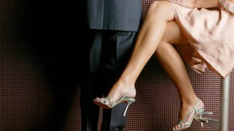 Phát hiện bị lừa dối trong tình yêu, đàn ông nên làm gì?