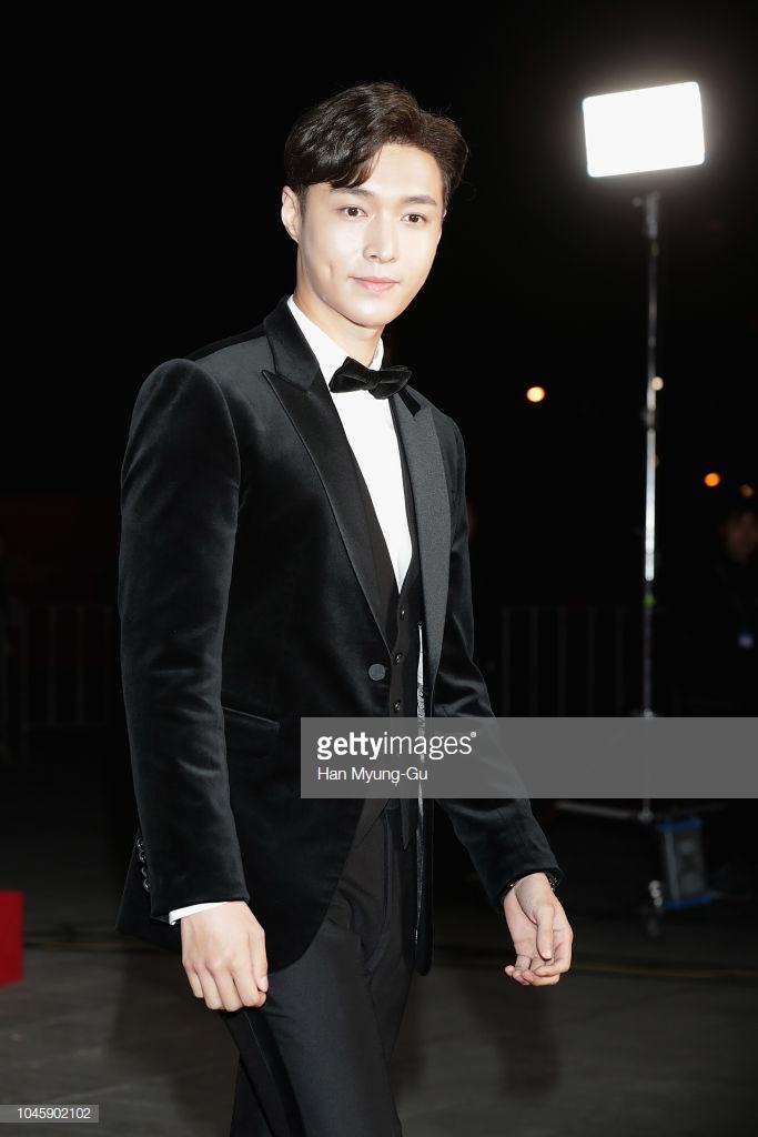 """Lay (EXO) khiến """"hội chị em"""" phát cuồng bởi vẻ ngoài ngày càng trưởng thành và đĩnh đạc. Ảnh: Getty Images"""