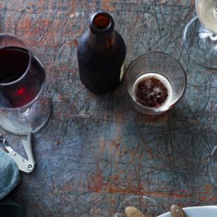 Những tranh cãi thường thấy về đồ uống có cồn