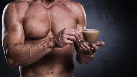 Một tách cà phê trước khi tập thể hình, tại sao không?