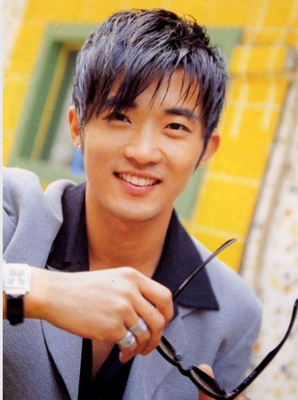 Ahn Jae Wook - elle man 6