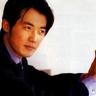 Ahn Jae Wook – Lấy bóng tối làm sức bật