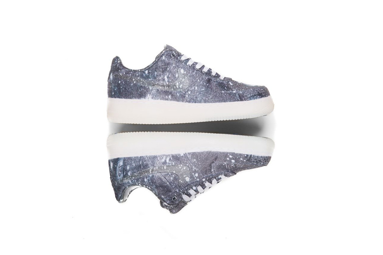 "giay theo thao dat nhat q3.2018 - CLOT x Nike Air Force 1 Low ""Star All Over"" - elle man"