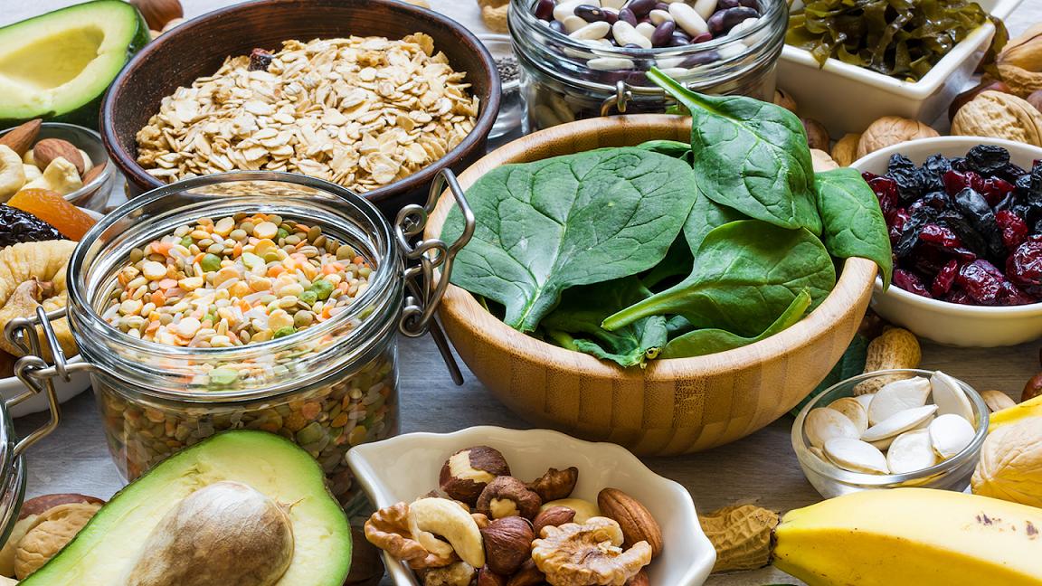 Thực phẩm chứa nhiều chất sắt. Ảnh: HealthiNation