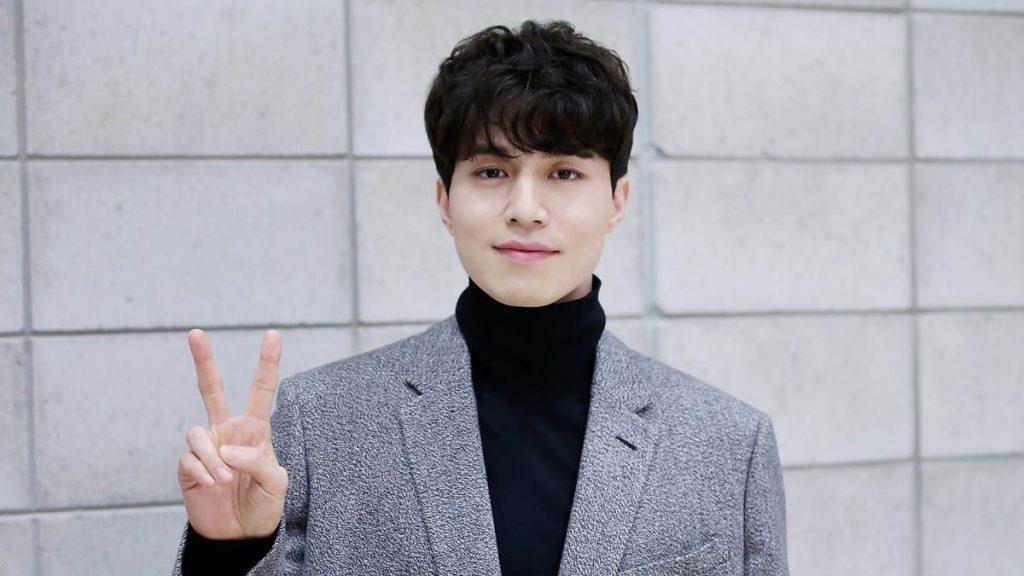 Lee Dong Wook - elle man 2