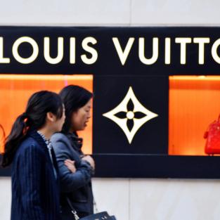Nền kinh tế Trung Quốc sẽ ra sao khi sức tiêu thụ hàng cao cấp của người dân giảm?