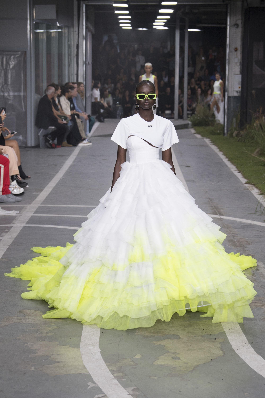Hình ảnh nổi bật trong bộ sưu tập của Off-White Xuân-Hè 2019. Ảnh: Vogue