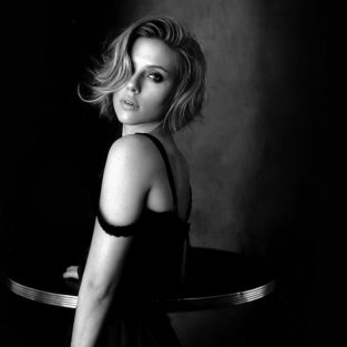Scarlett Johansson - Tượng đài của vẻ quyến rũ