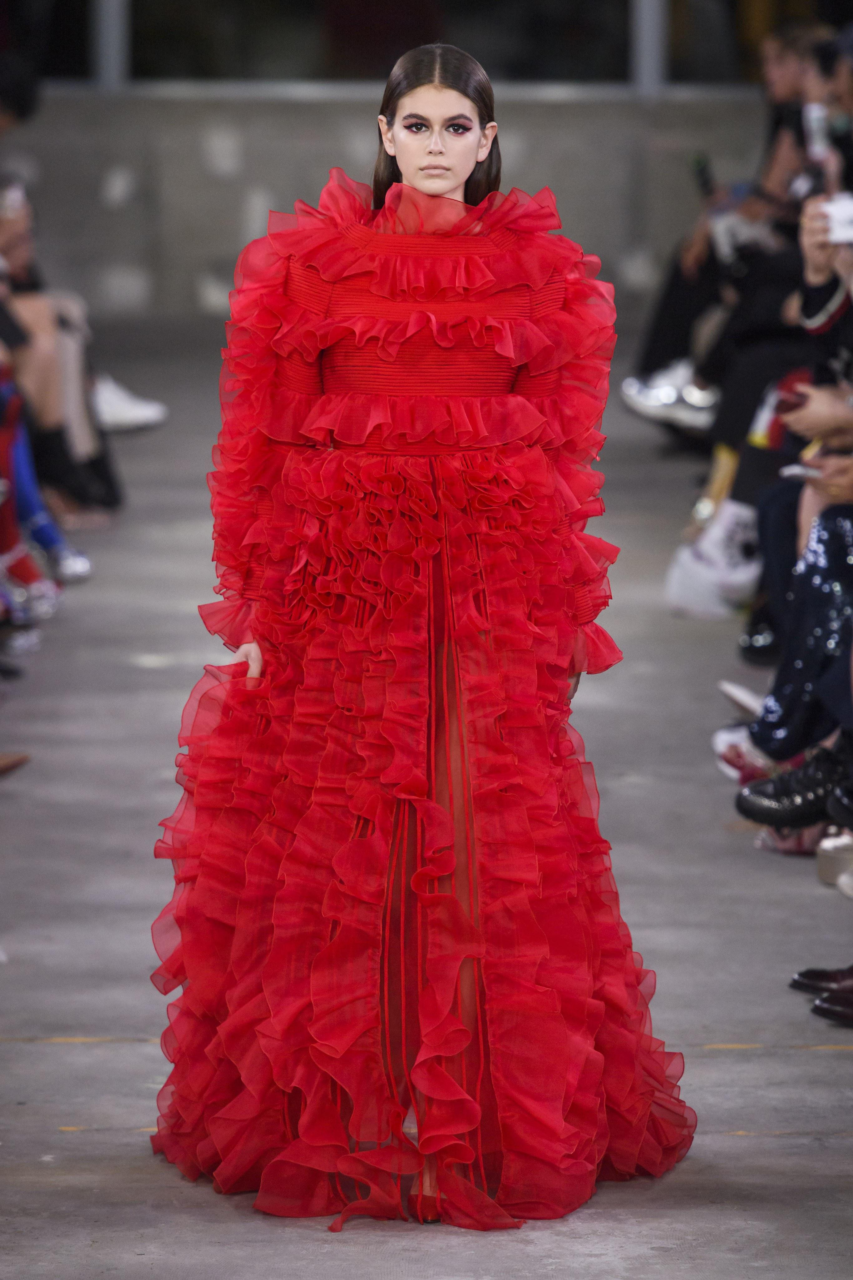 Tin tức thời trang này khiến nhiều người có niềm tin rằng nhiều thương hiệu đình đám đã bắt đầu để mắt đến thị trường Châu Á. Ảnh: Vogue
