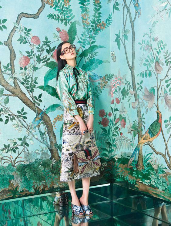 Những họa tiết hoa láy chim thú với gam màu trang nhã thanh lịch của Gucci được nhiều khách hàng yêu thích. Ảnh: Gucci