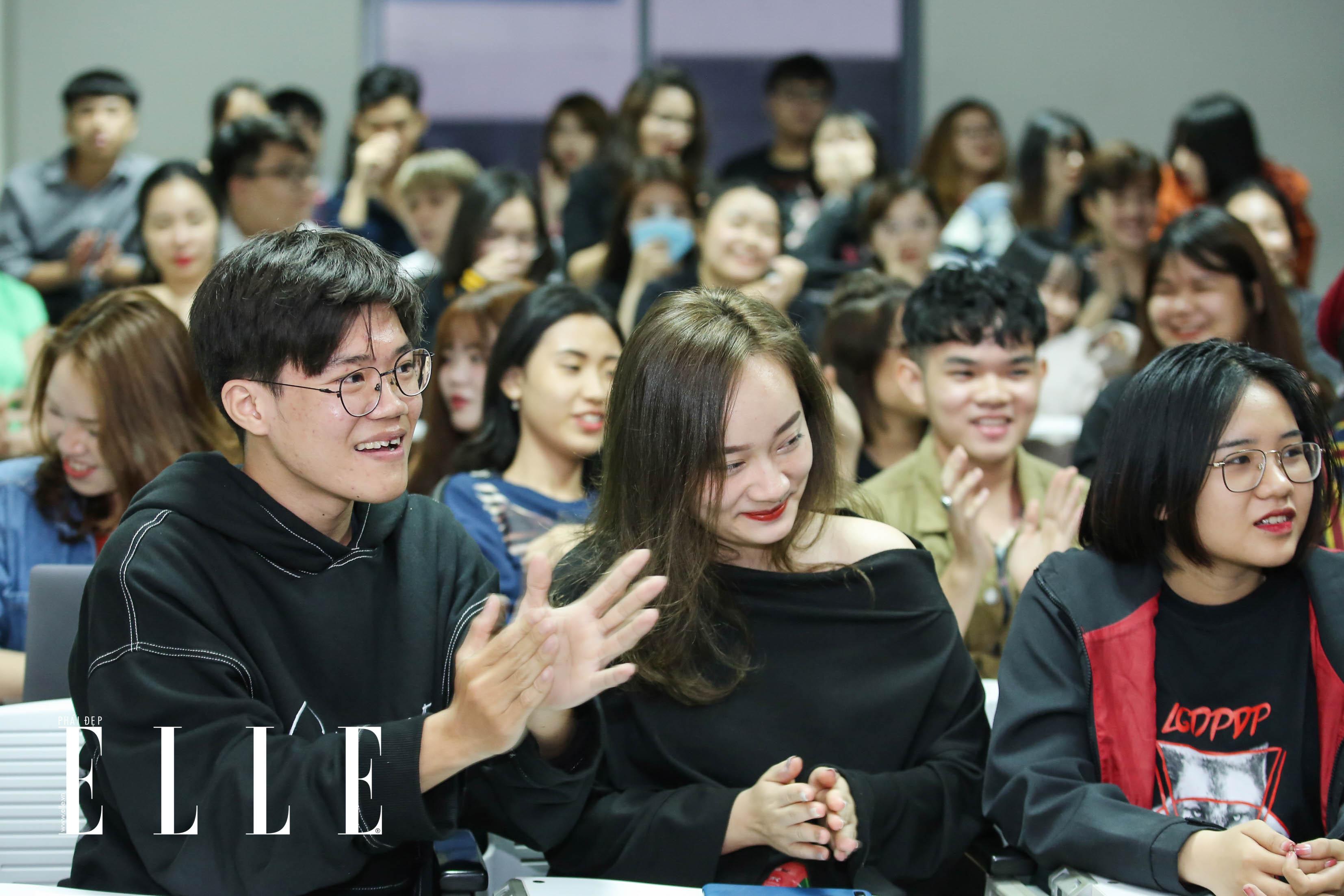 elle fashion road trip 2018 - dai hoc hoa sen - elle man13