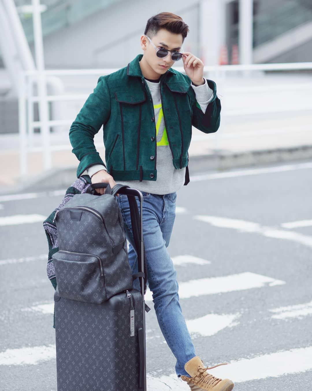 Isaac mở đầu top thời trang sao nam tuần 1 tháng 12 với outfit hiện đại. Ảnh: Chanh Nguyễn