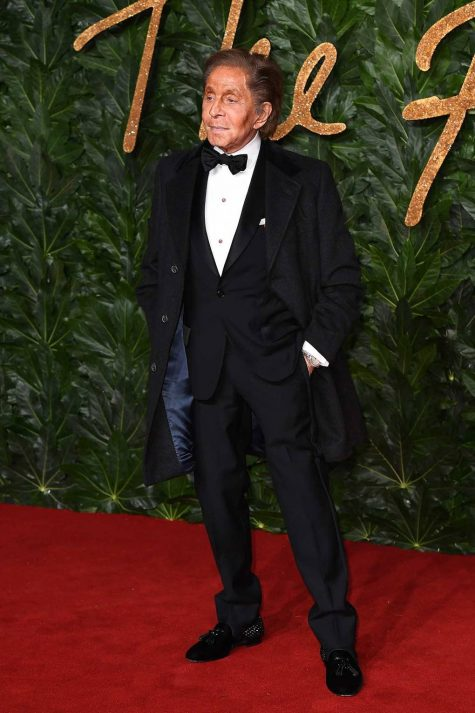 Nhà thiết kế Valentino cũng góp mặt tại sự kiện thường niên này. Ảnh: Vogue