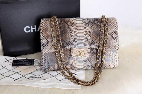 Tin tức thời trang đáng chú ý trong nửa đầu tháng 12 chính là việc Chanel tuyên bố không sử dụng da động vật trong thời gian tới. Ảnh: Handbags