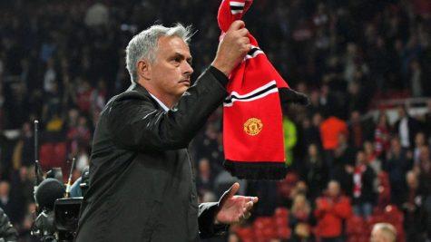 Điểm lại 10 khoảnh khắc đáng nhớ của Mourinho tại Manchester United