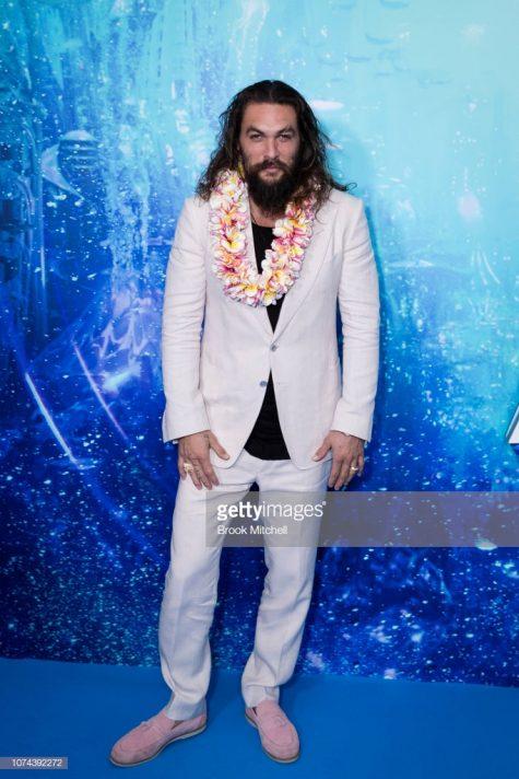 Jason Momoa với bộ suit trắng thanh lịch và sang trọng trong sự kiện tại Sydney. Ảnh: Getty Images