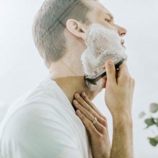 Cạo râu và 5 lưu ý quan trọng thường bị bỏ qua