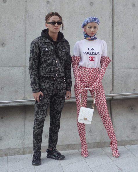 Hình ảnh Kenshj Phạm xuất hiện cùng người mẫu Phí Phương Anh tại Seoul Fashion Week hồi tháng 10 vừa qua. Ảnh: Instagram @kenshj_pham