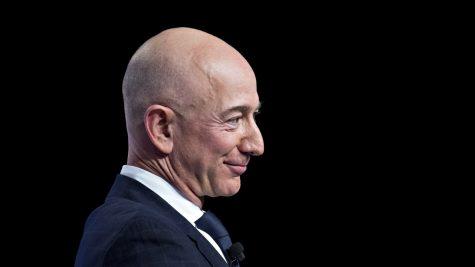 Jeff Bezos - elle man featured image